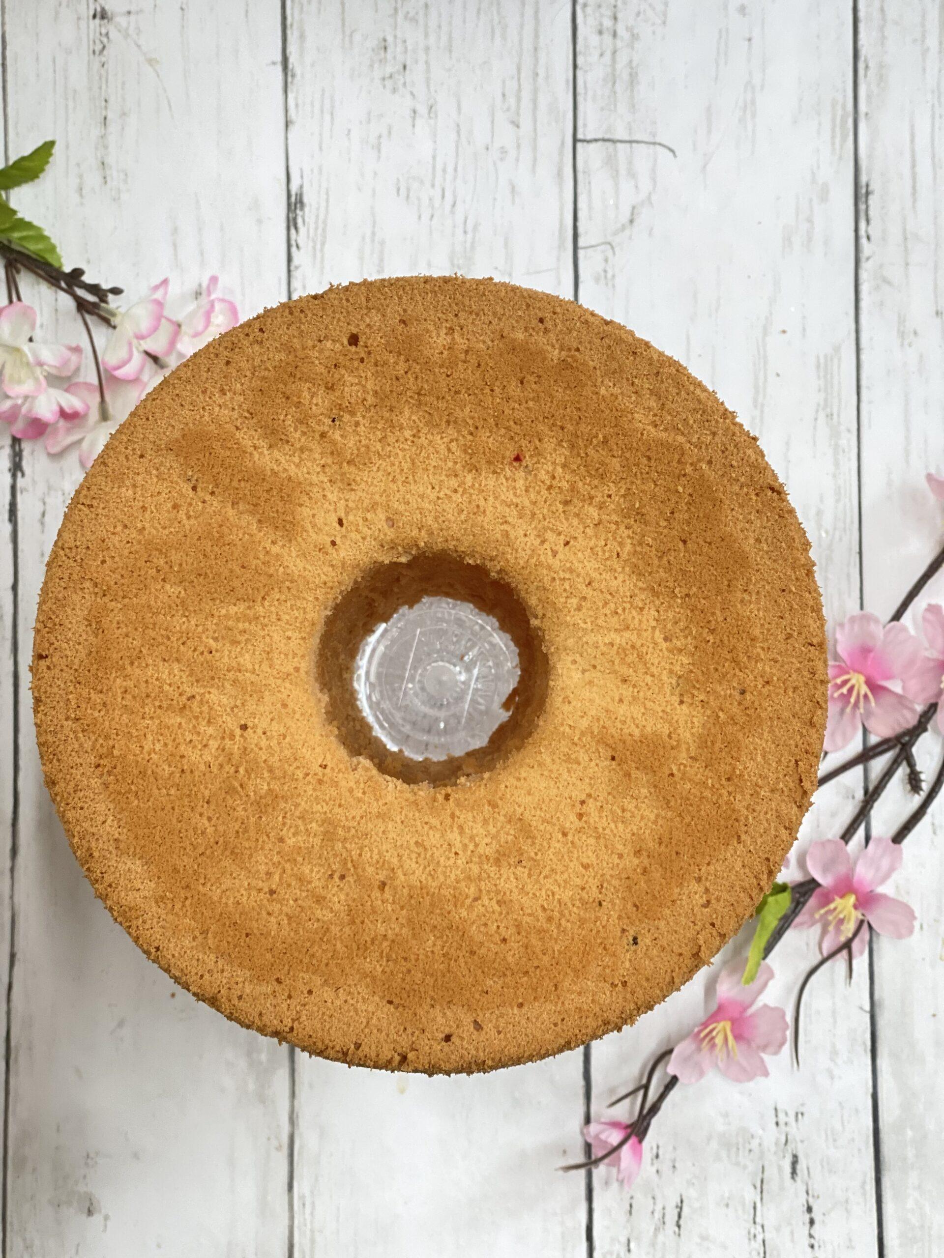 桜あんのシフォンケーキ